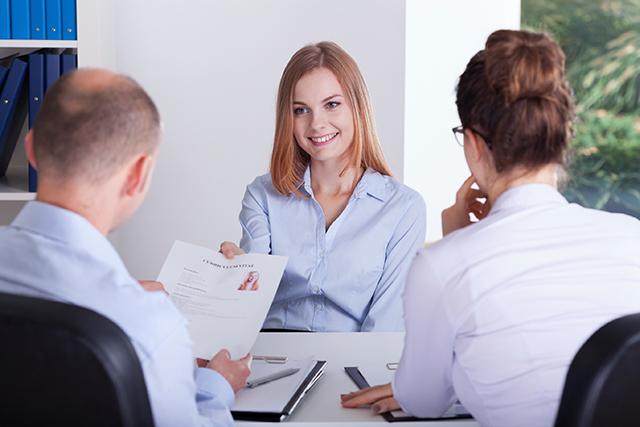 Was denken Personalabteilungen über den Ferienjob im Lebenslauf? Ist er hilfreich für die Karriere?
