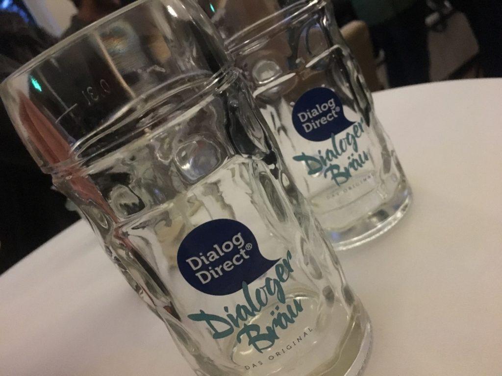 Dialoger-Bier beim Wiesn-Empfang.